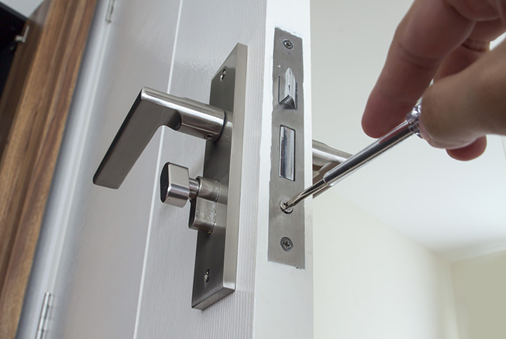 Our local locksmiths are able to repair and install door locks for properties in Beckenham and the local area.